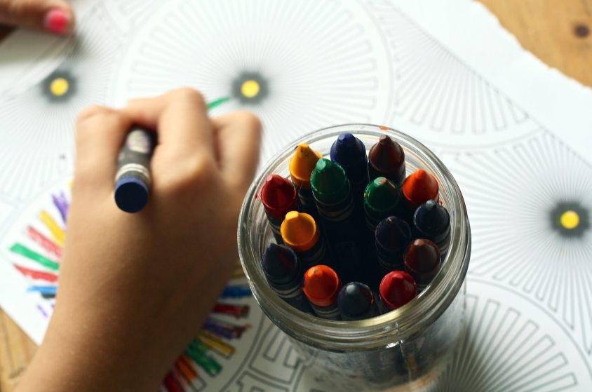 art-arts-and-crafts-child-159579 (1)